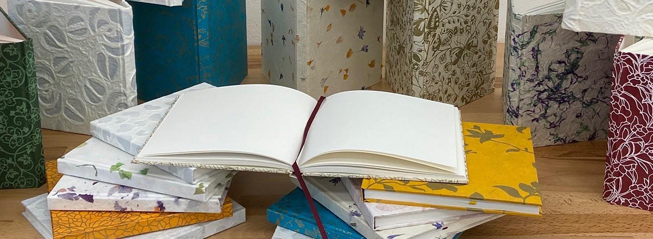 Blütenbücher<br/>Notizbücher
